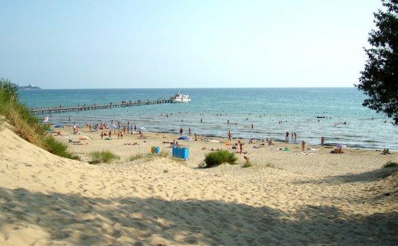 Вид на море в сторону пирса